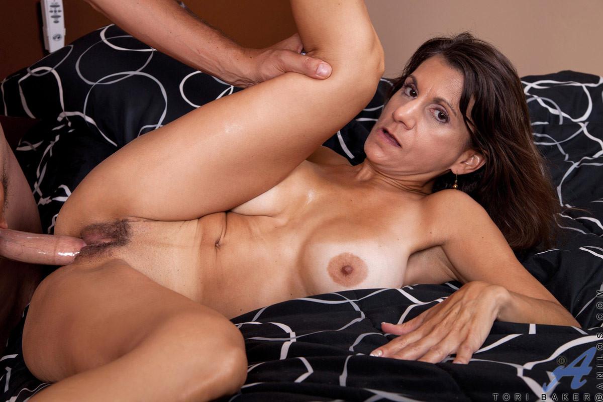 adrienne frantz nude pic