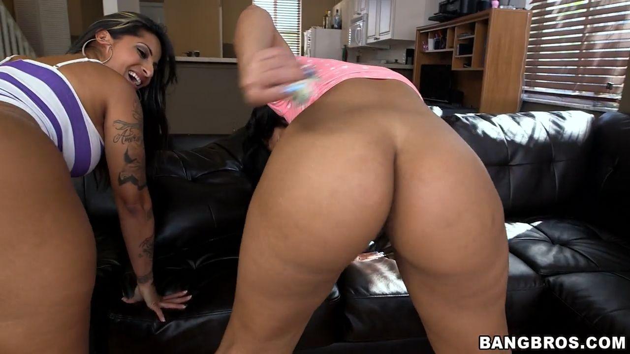 Big Ass Latina Milf Threesome