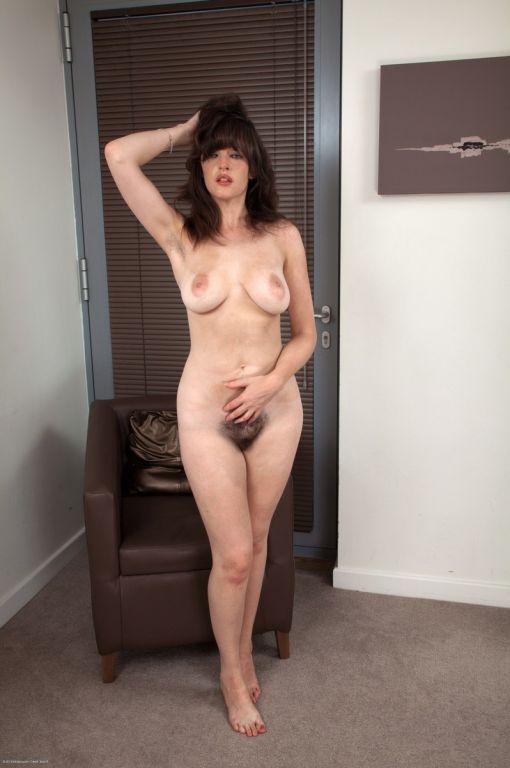 Hairy Amateur Annie 1