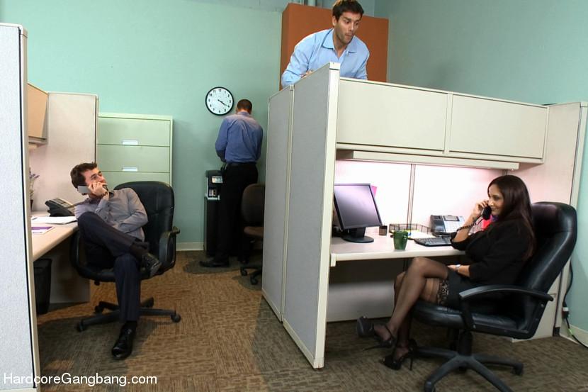 Boss Gets Blowjob Office