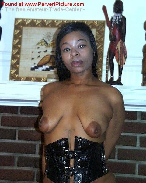 nude pics of amateur ebony grannies