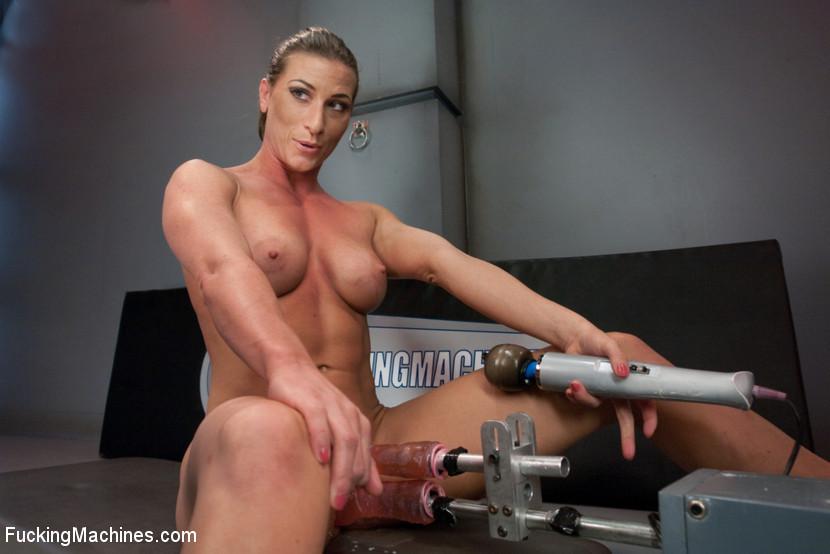 Amateur Milf Lesbian Orgasm