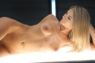 Amanda Tate    Fucking Machines    BDSM    Blonde    Dildos    Machine    Orgasms    Skinny    Small Tits    Squirting thumbnail