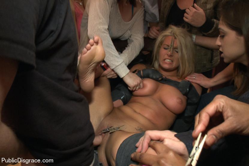 Nude Dancing Party Girls