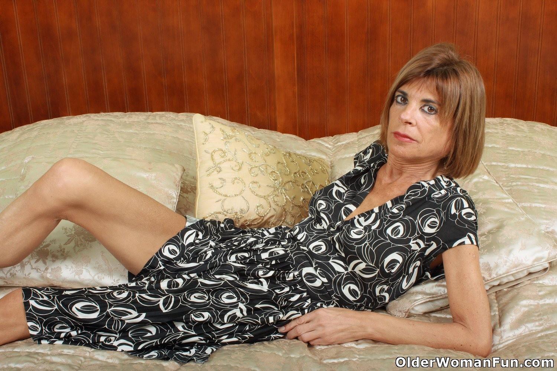 skinny granny topless xHamster