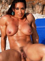 Nude sex images of shreya