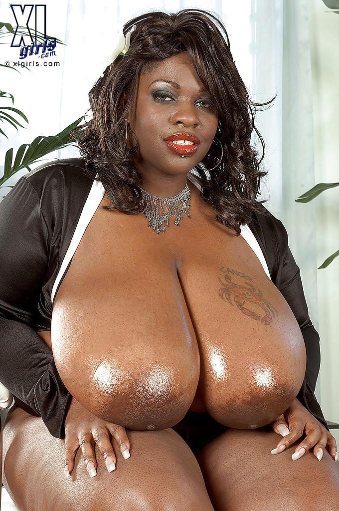 Black Girl Big Tits Big Ass