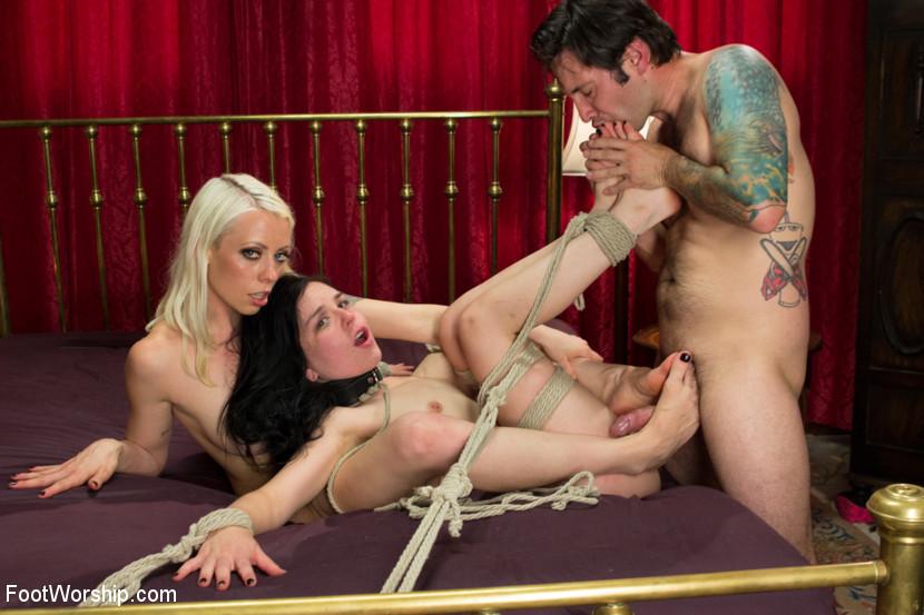 Steve Holmes Teen Threesome
