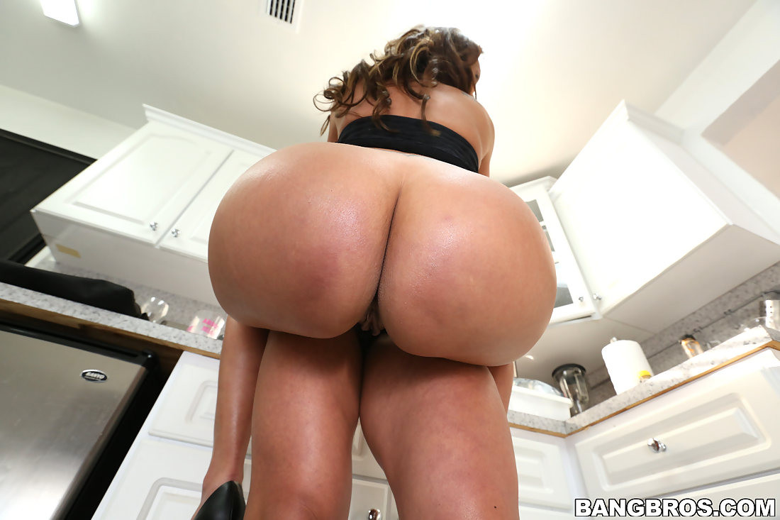 Fat Ass Latina Riding Bbc