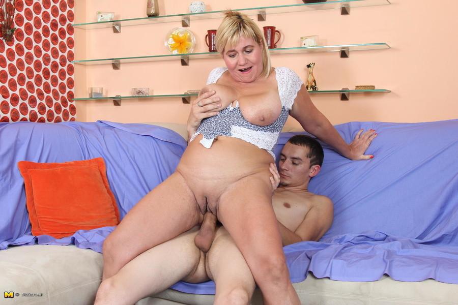 Old Mature Porn Pics, Hot Mom Sex Images, Matures Xxx Galery