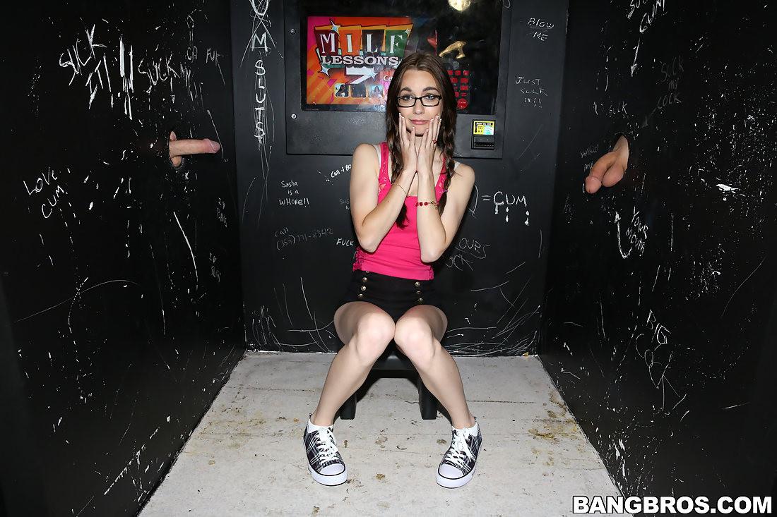 4 Dicks 1 Girl nerdy white girl guzzles 4 dicks - pichunter