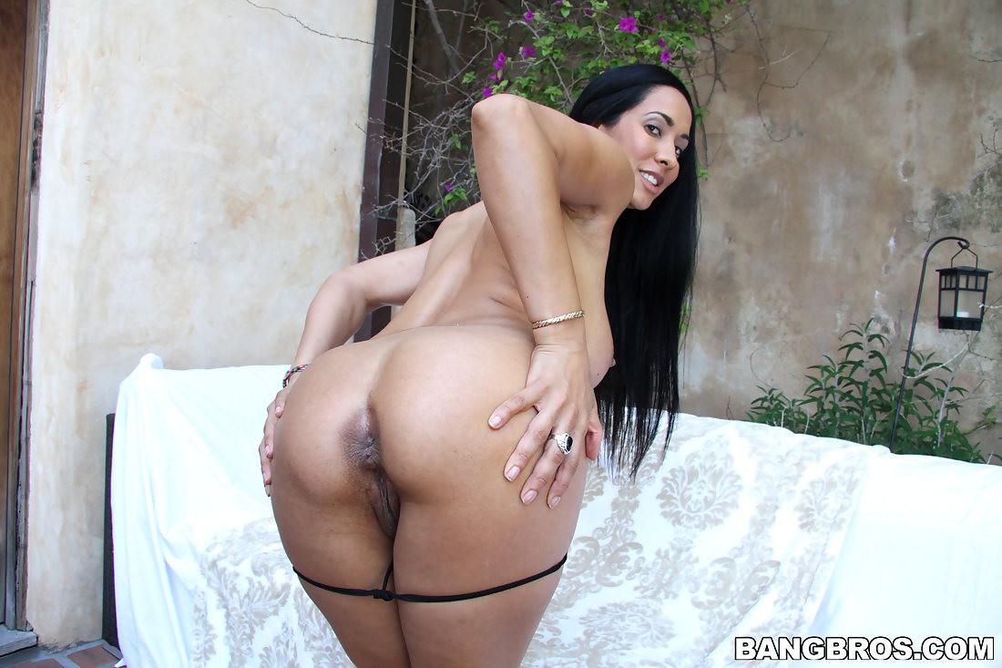 Big Ass Wife Bbc Creampie