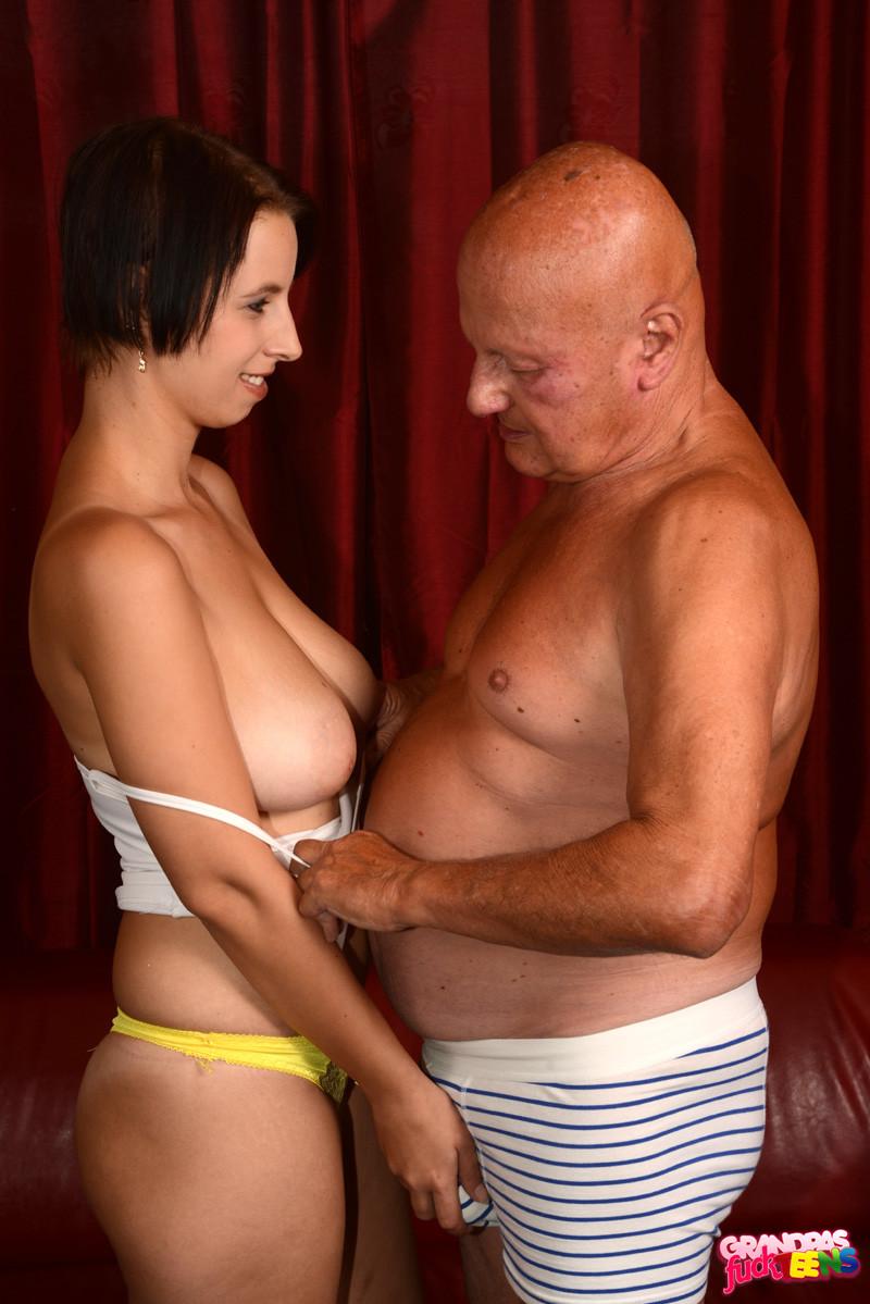 Amateur Teen Big Tits Squirt