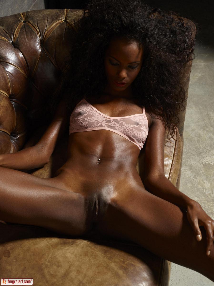 Ebony model nude