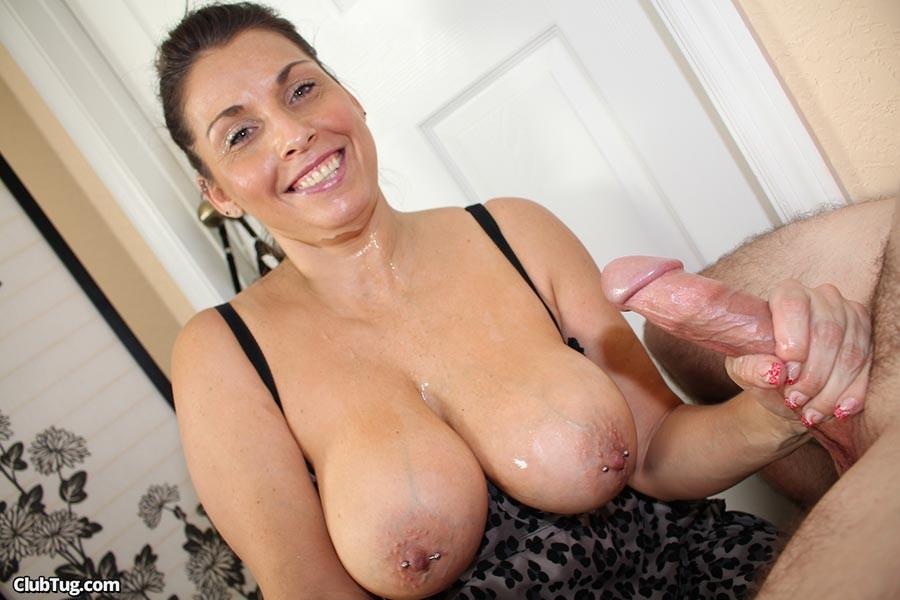 Deluxe hot milf wife