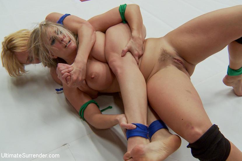 Big Tit Ebony Lesbian Orgy