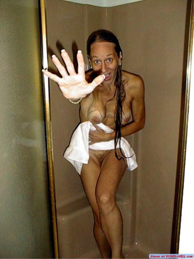 embarrassed nude amateur caught