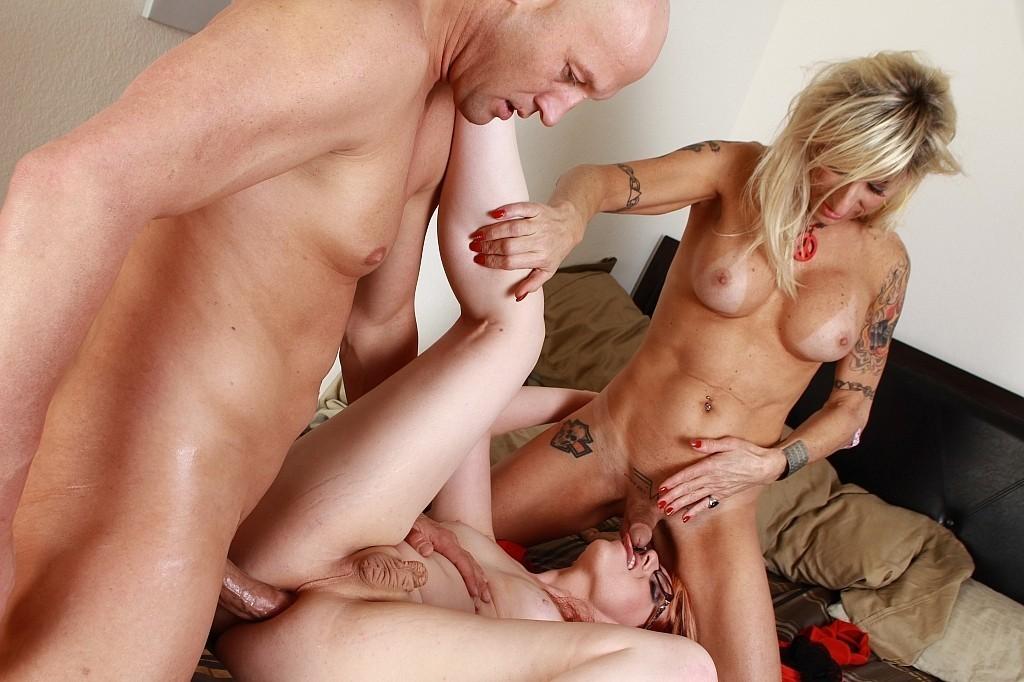 Ebony Xxx Body Threesome