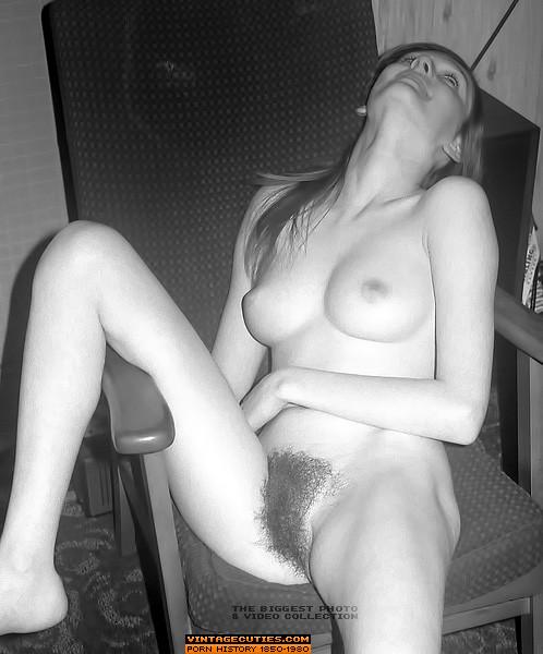 naked women spreading their legs