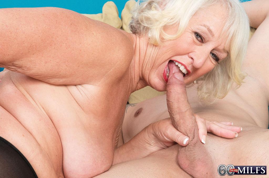 Naked milf lesbian