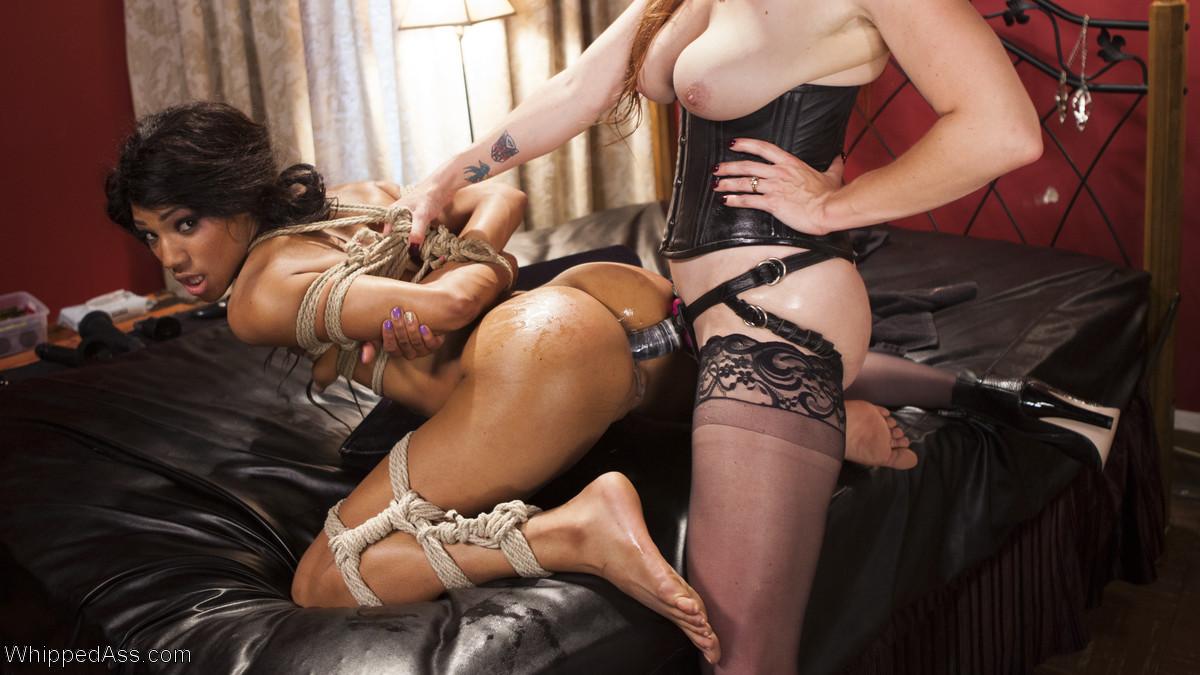 Lesbian Anal Strapon Gape