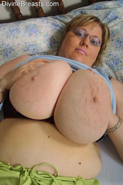 Chubby Lesbians Big Tits