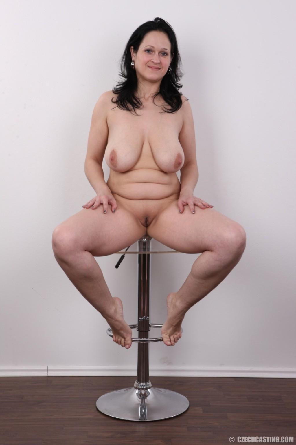 Czech nude milf picture gallery