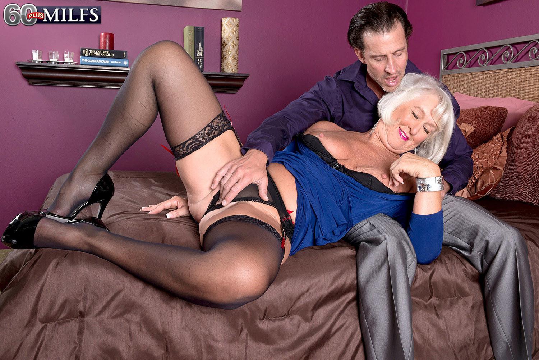 бабушки на каблуках порно