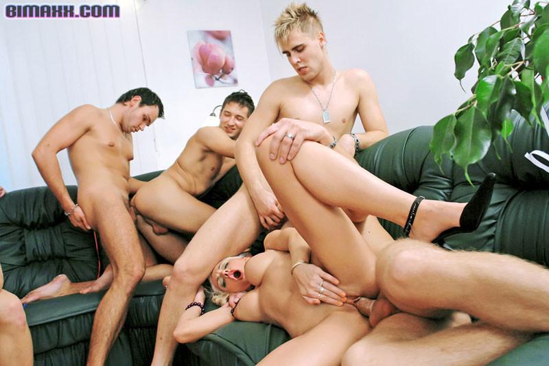 Порно Группа Бисексуалы Анал