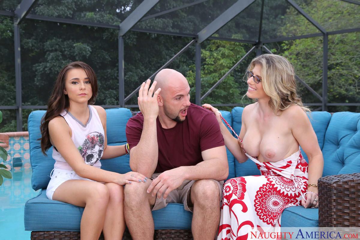 Lesbians Busty Threesome Hd
