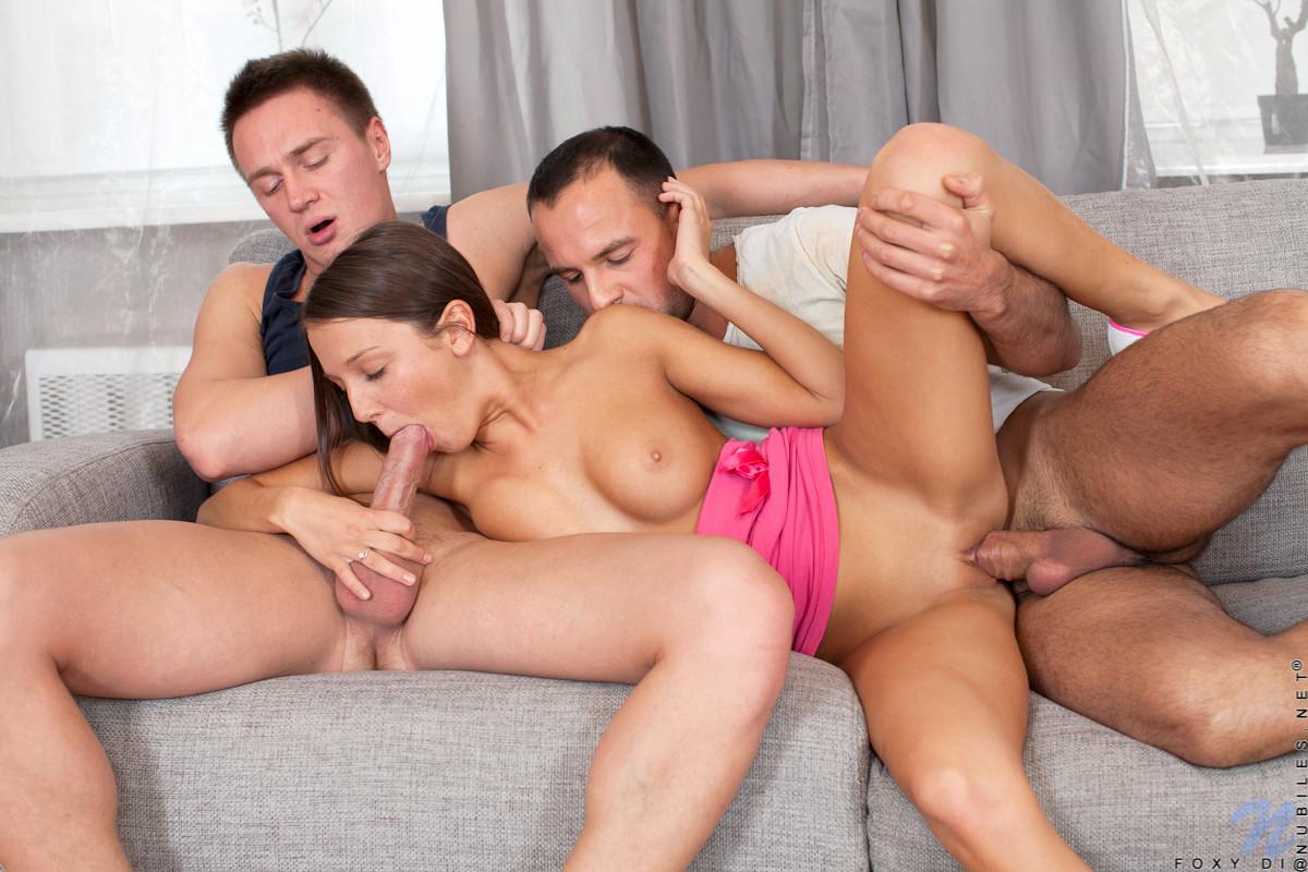 Смотреть порно два мужа
