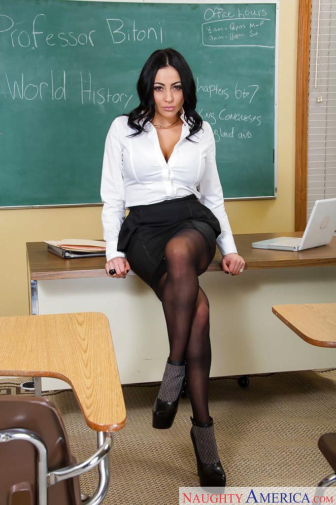 Milf Teacher Gets Facial