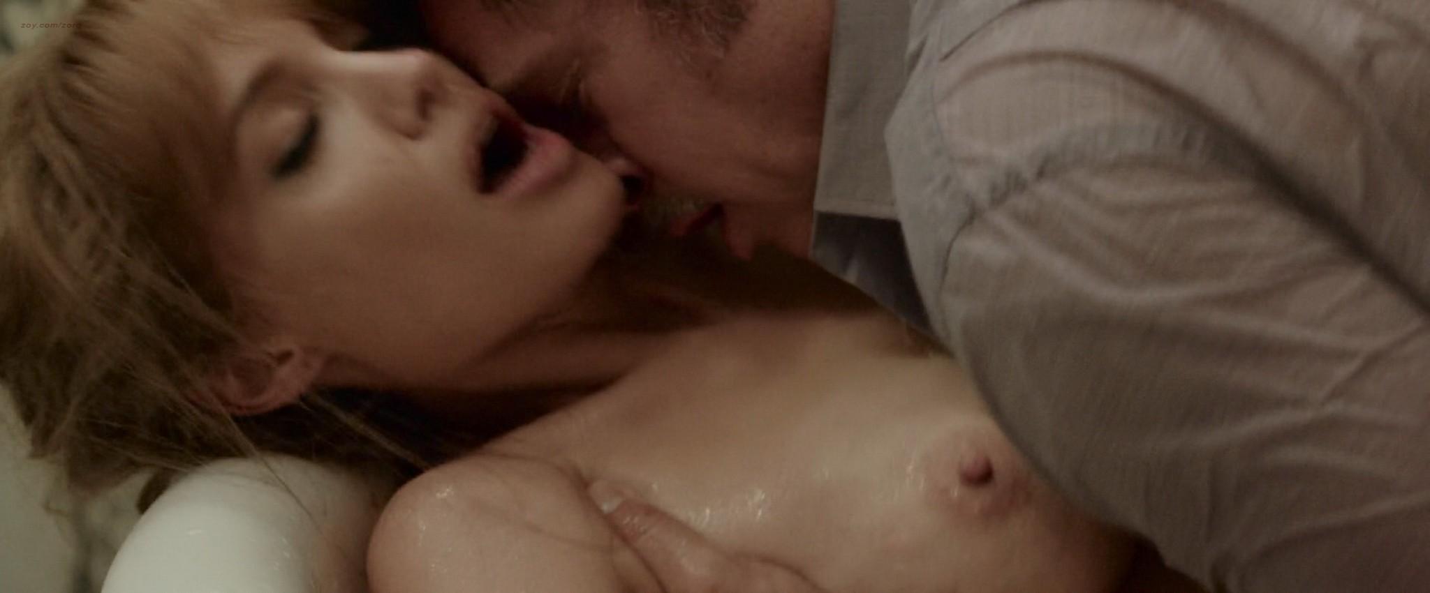 Angelina Jolienaked angelina jolie topless in the bath having sex - pichunter