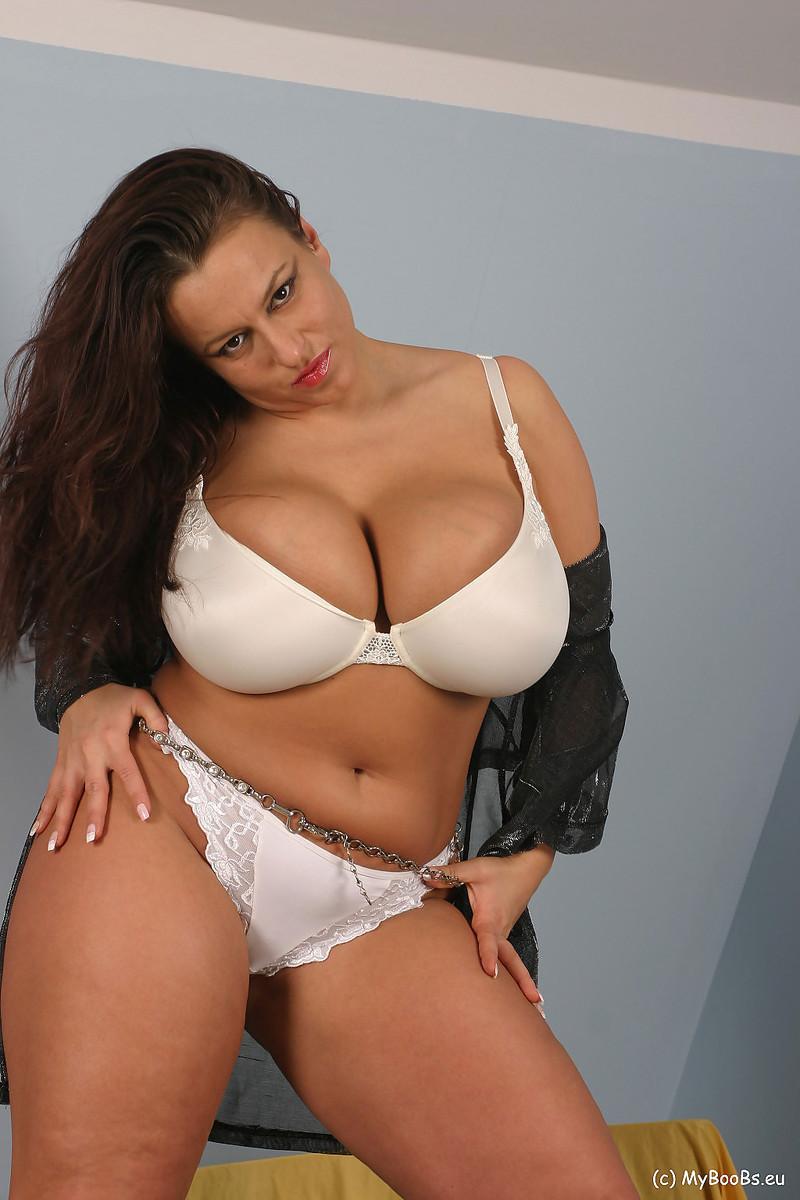 Aneta And Dusan Porn busty euro star striptease - pichunter