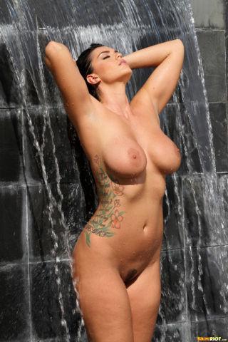 naked Alison Tyler big tits wet