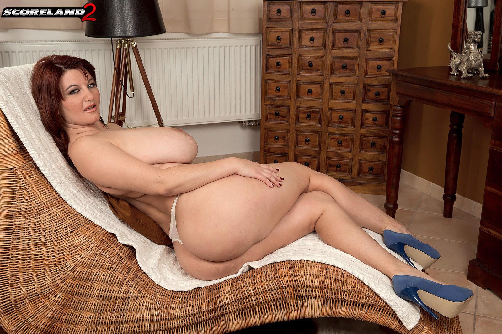 nude girls big boobs videos