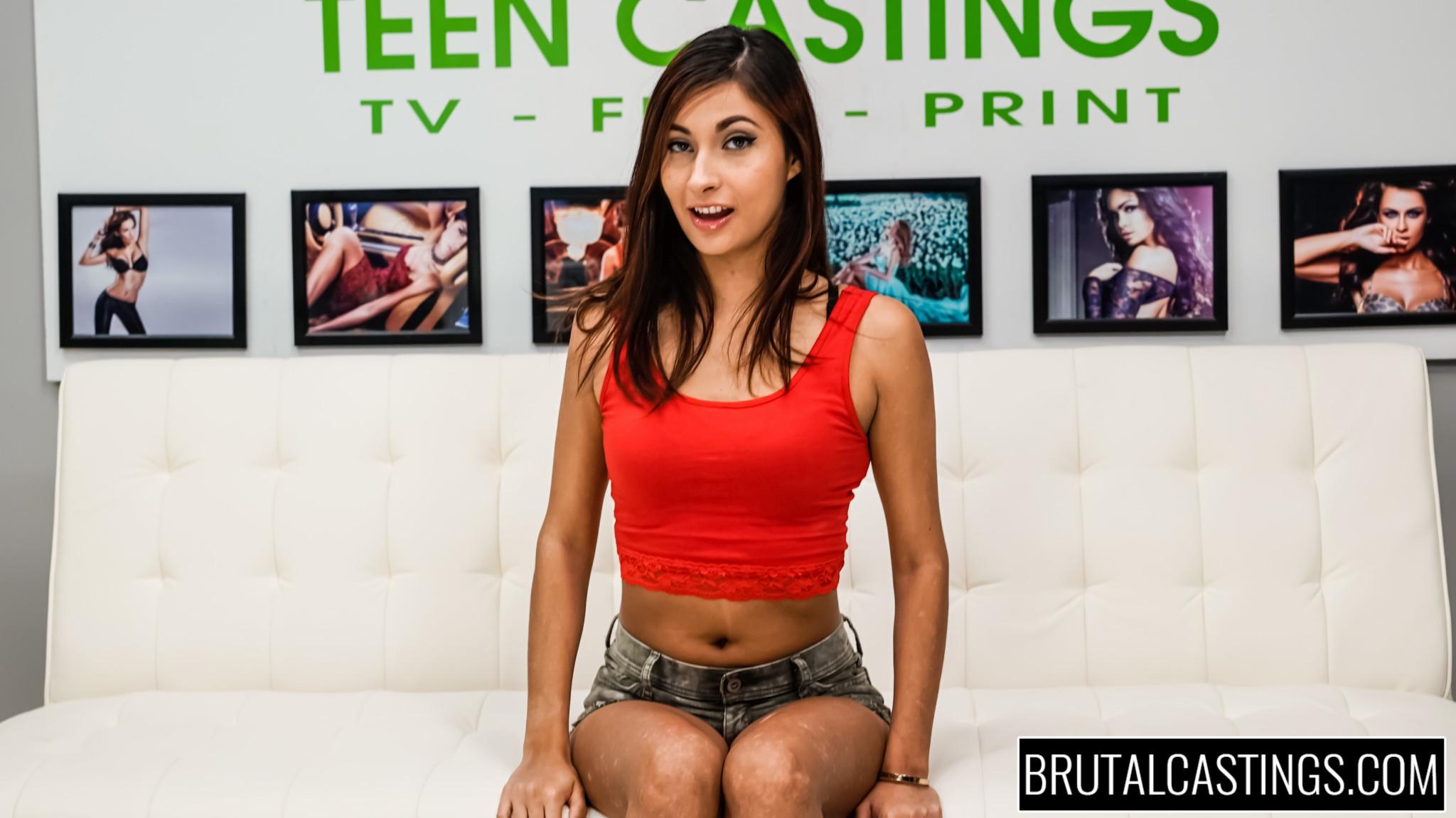Hot Latina Teen Blowjob