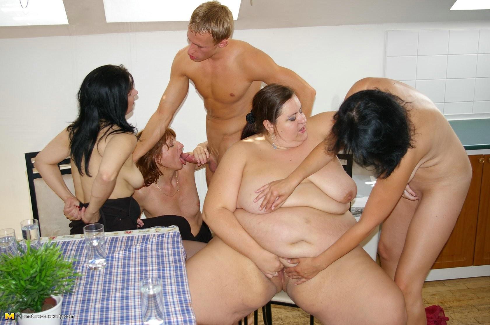 bbw group sex