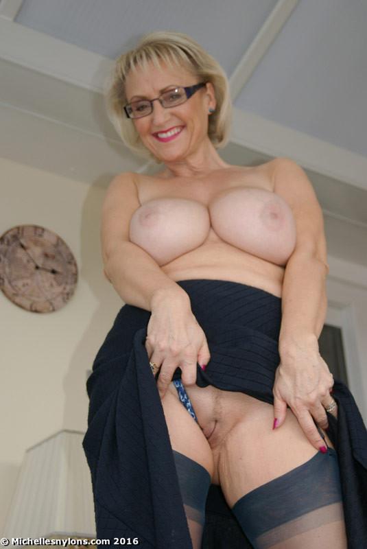 Mom Watching Porn Masturbating
