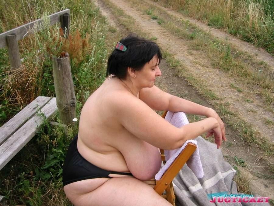 Big Tit Brunette Missionary