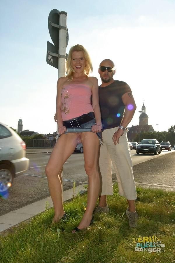 Amateur Wife Flashing Public