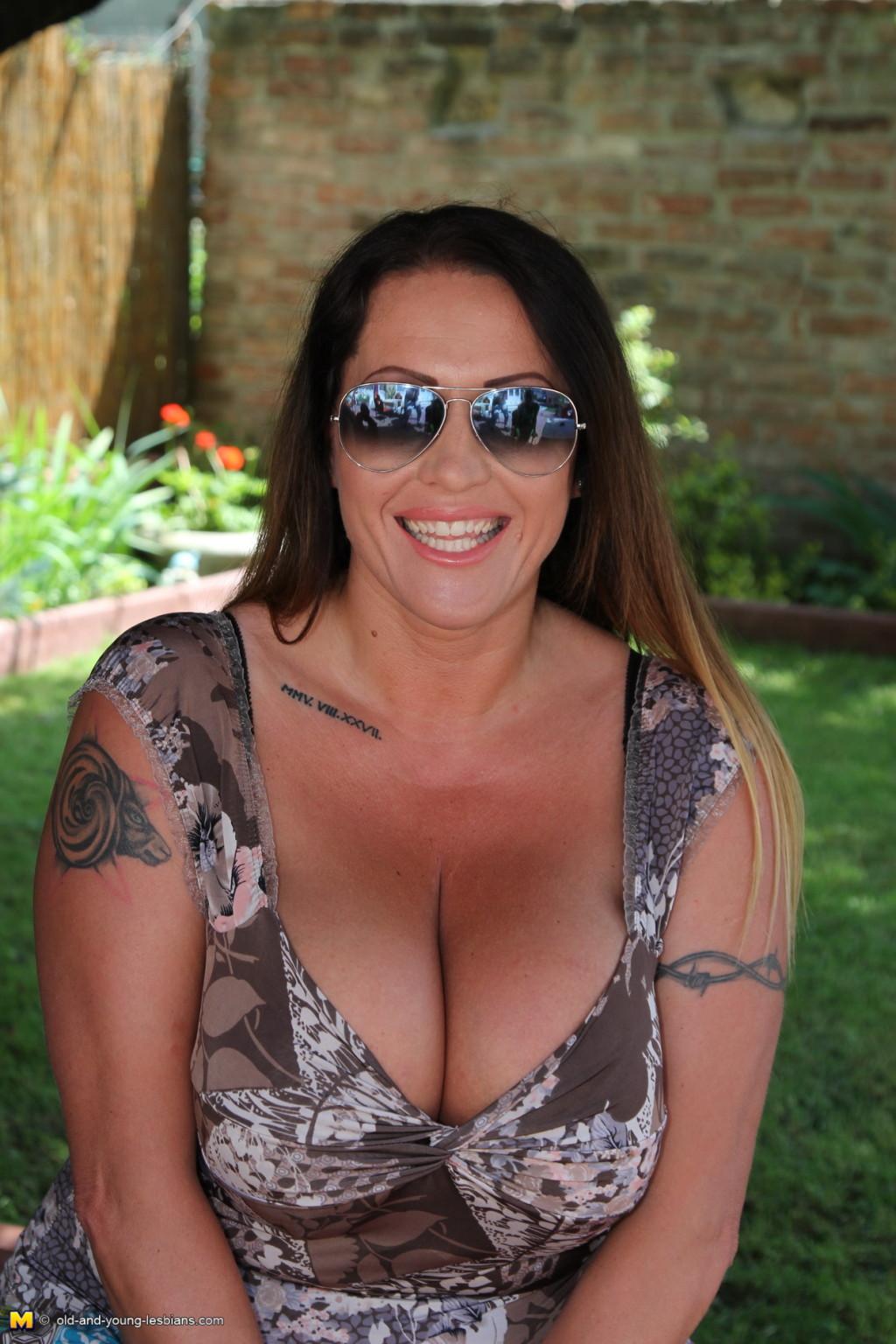 Big Tit Blonde Stepmom Pov