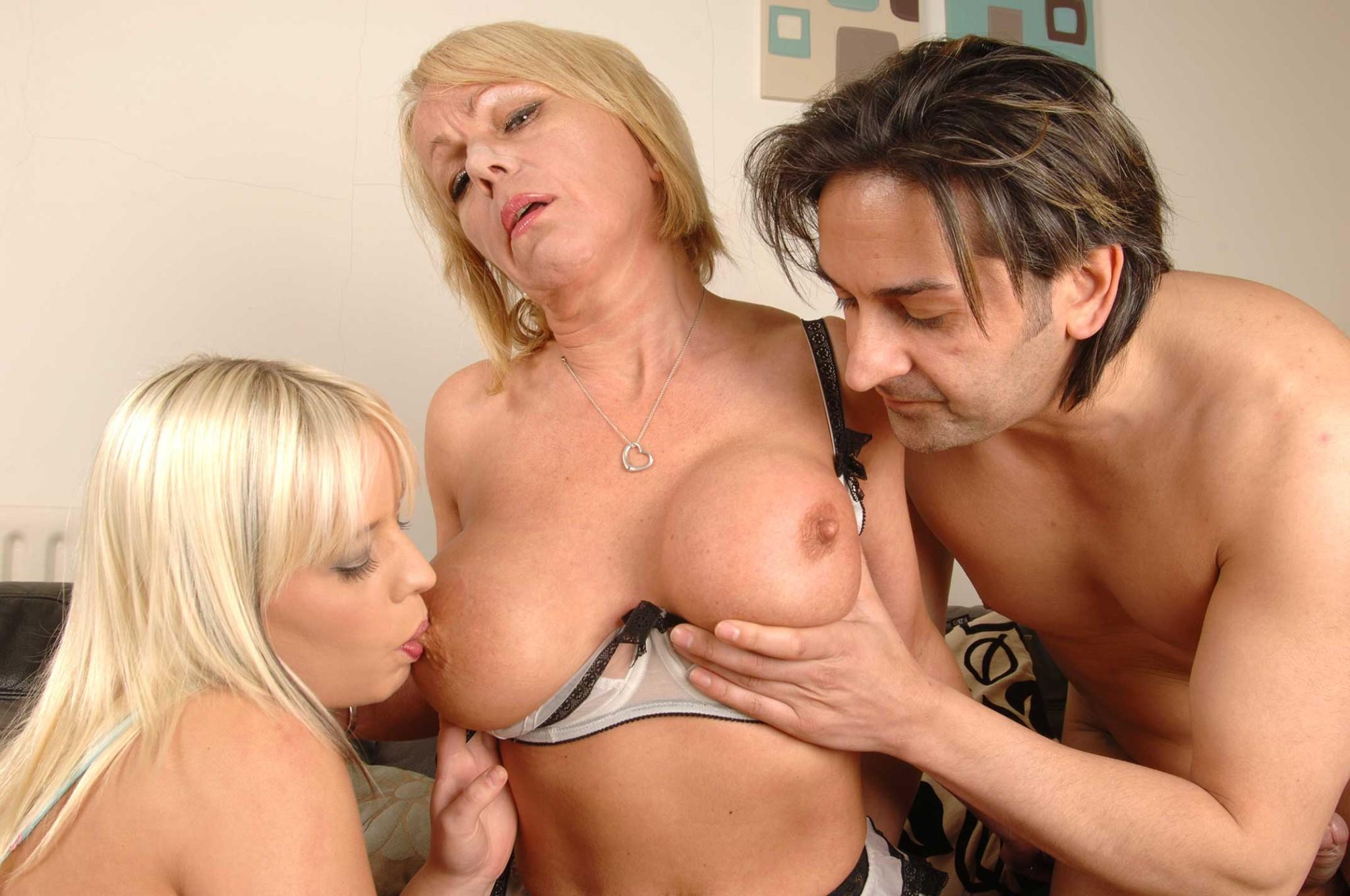 debby ryan penetrates her pussy