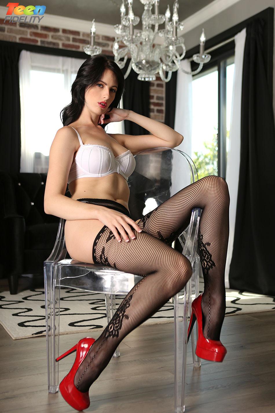 Alex Harper Porn Twitter alex harper in black stockings - pichunter