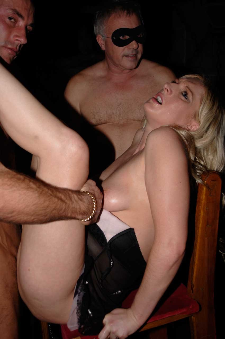Sexy British Blonde Barmaid Has Threesome