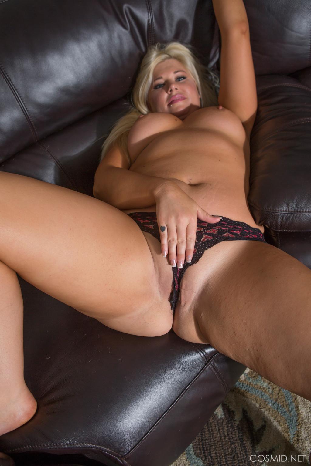 Amanda Clark Porn amanda in her bodysuit - pichunter