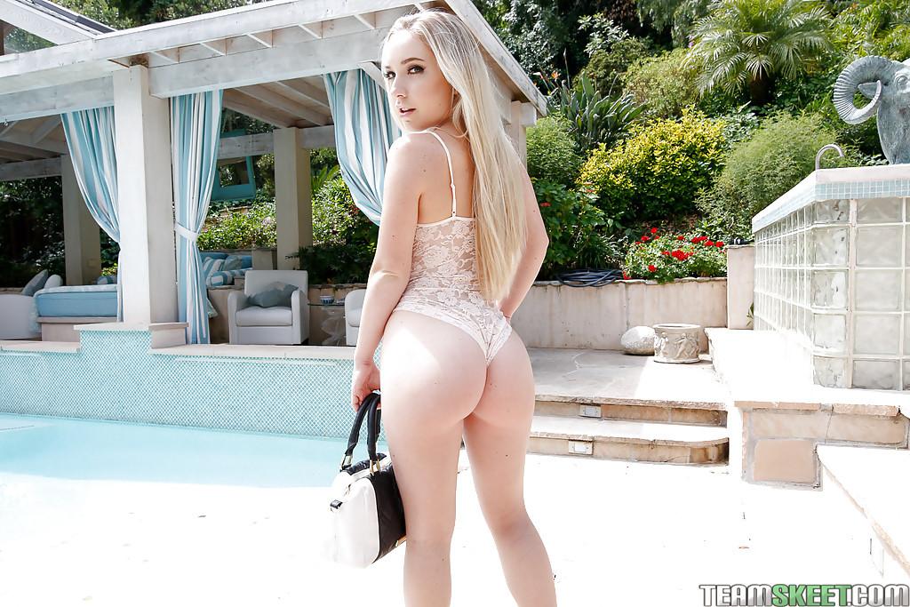 Natural Blonde Teen Amateur