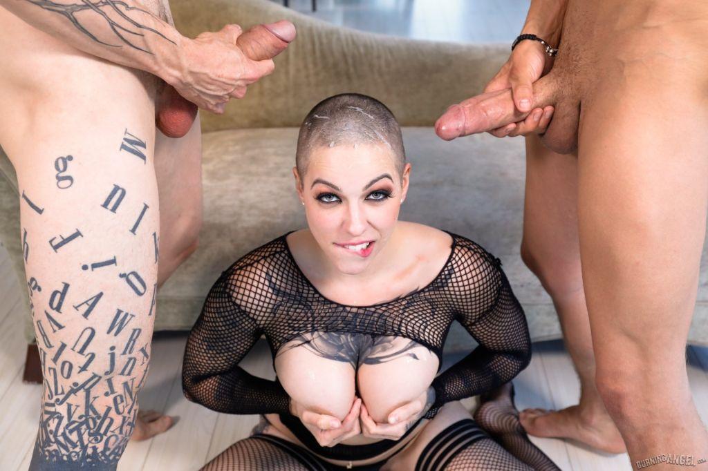 Naked bold sex — img 12