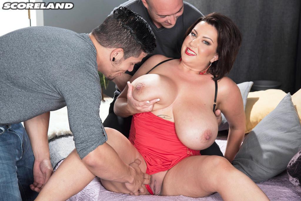 Big Tits Brunette Mature