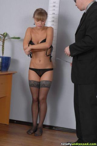 totally undressed    Babes    Beautiful    Big Tits    Boss    Humiliation    Mistress    Office    Secretary thumbnail
